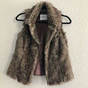 Women Faux Fur Vest / color Brown/ Cream size M
